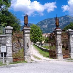 entrata-castello-pielungo